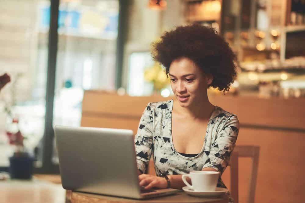 O DETRAN/RS oferece uma gama de serviços online