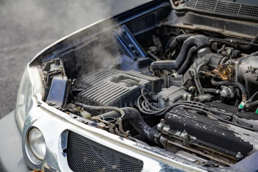 Entenda as principais causas que podem desencadear o superaquecimento do motor