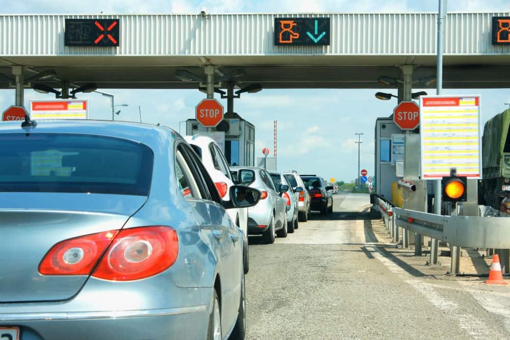 Converse com os funcionários de sua empresa e os incentive a obedecer à legislação de trânsito